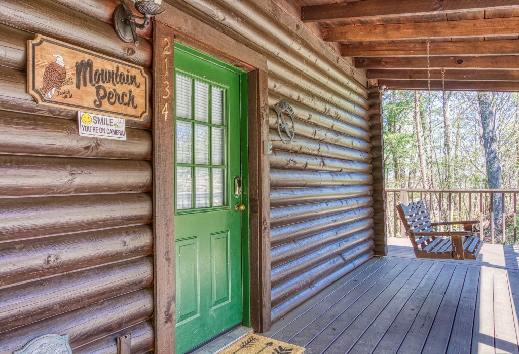 Photo of a Gatlinburg Cabin named Mountain Perch #2134 - This is the second photo in the set.