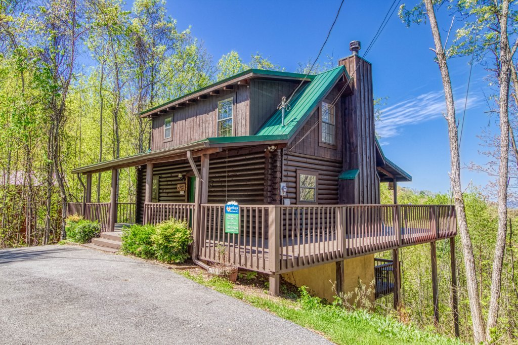 Photo of a Gatlinburg Cabin named Mountain Perch #2134 - This is the thirty-second photo in the set.