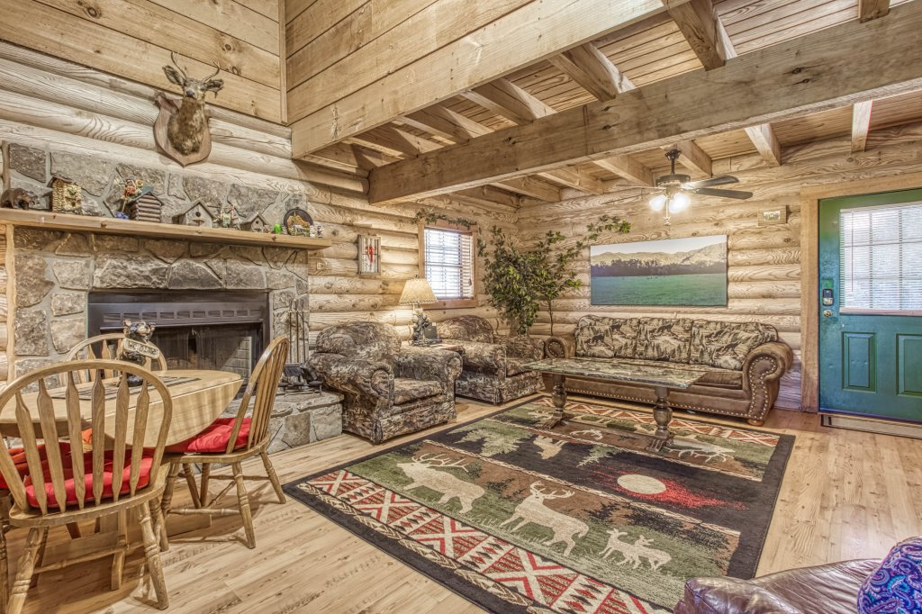 Photo of a Gatlinburg Cabin named Mountain Perch #2134 - This is the eighth photo in the set.