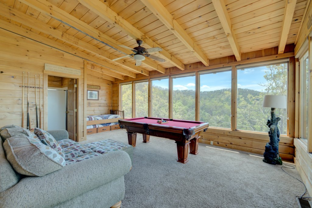 Photo of a Sevierville Cabin named Perfect Peace #46 - This is the twenty-second photo in the set.