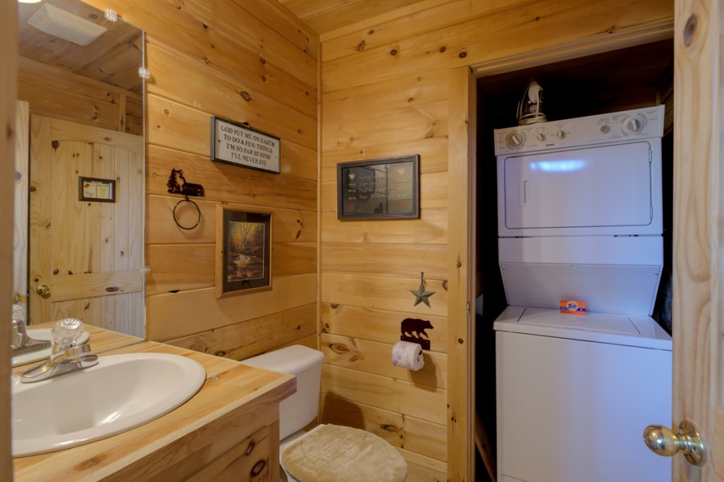 Photo of a Sevierville Cabin named Perfect Peace #46 - This is the twenty-first photo in the set.