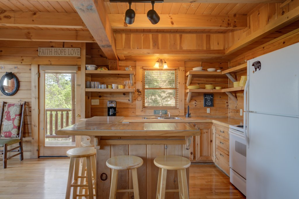 Photo of a Sevierville Cabin named Perfect Peace #46 - This is the twelfth photo in the set.