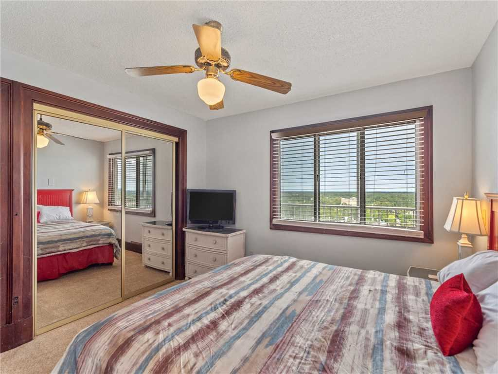 Photo of a Panama City Beach Condo named Summit Penthouse 1501 - This is the nineteenth photo in the set.