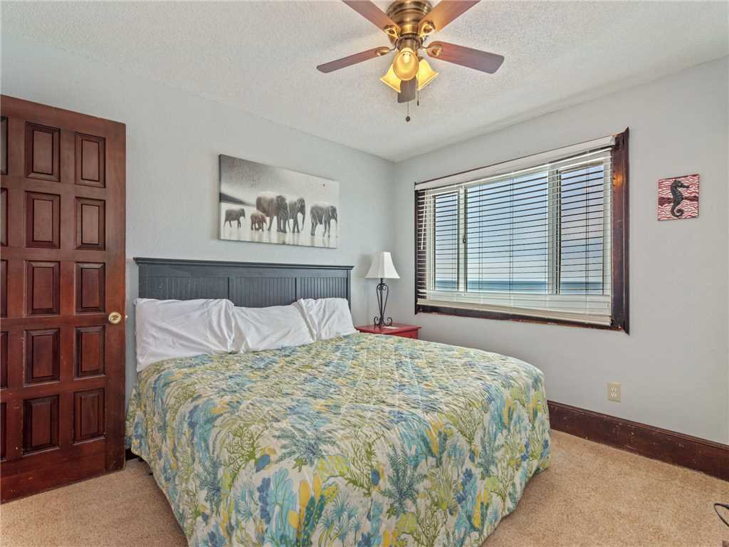 Photo of a Panama City Beach Condo named Summit Penthouse 1501 - This is the twenty-third photo in the set.