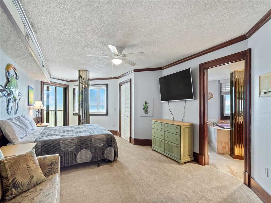 Photo of a Panama City Beach Condo named Summit Penthouse 1501 - This is the twelfth photo in the set.