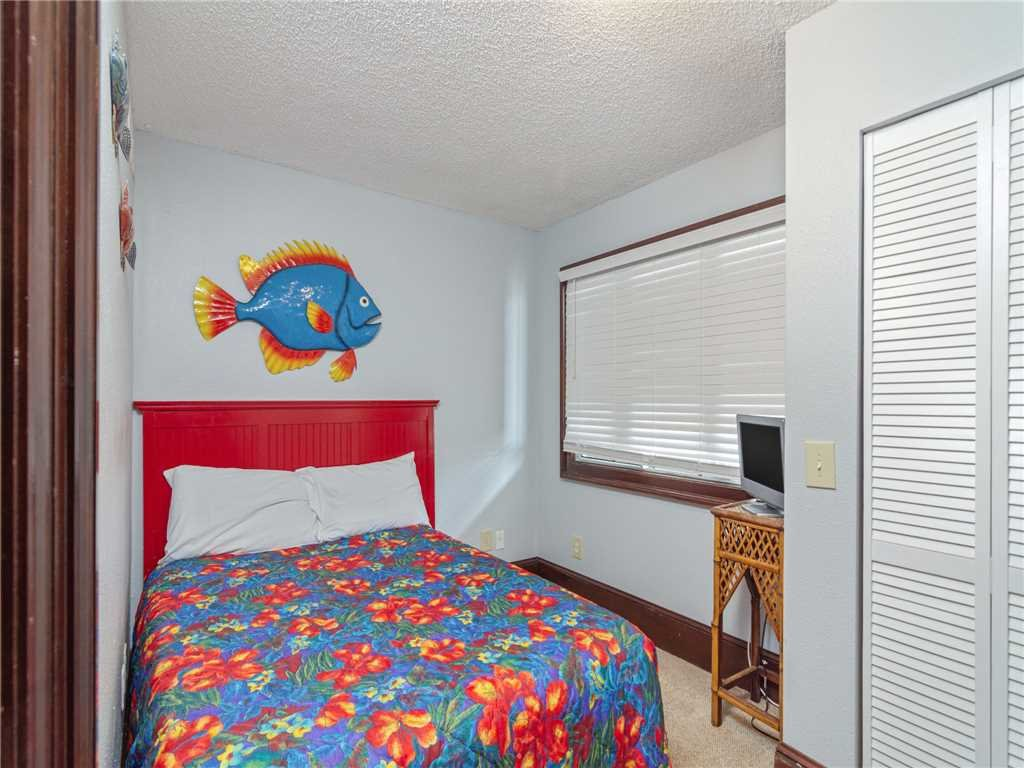 Photo of a Panama City Beach Condo named Summit Penthouse 1501 - This is the twenty-eighth photo in the set.
