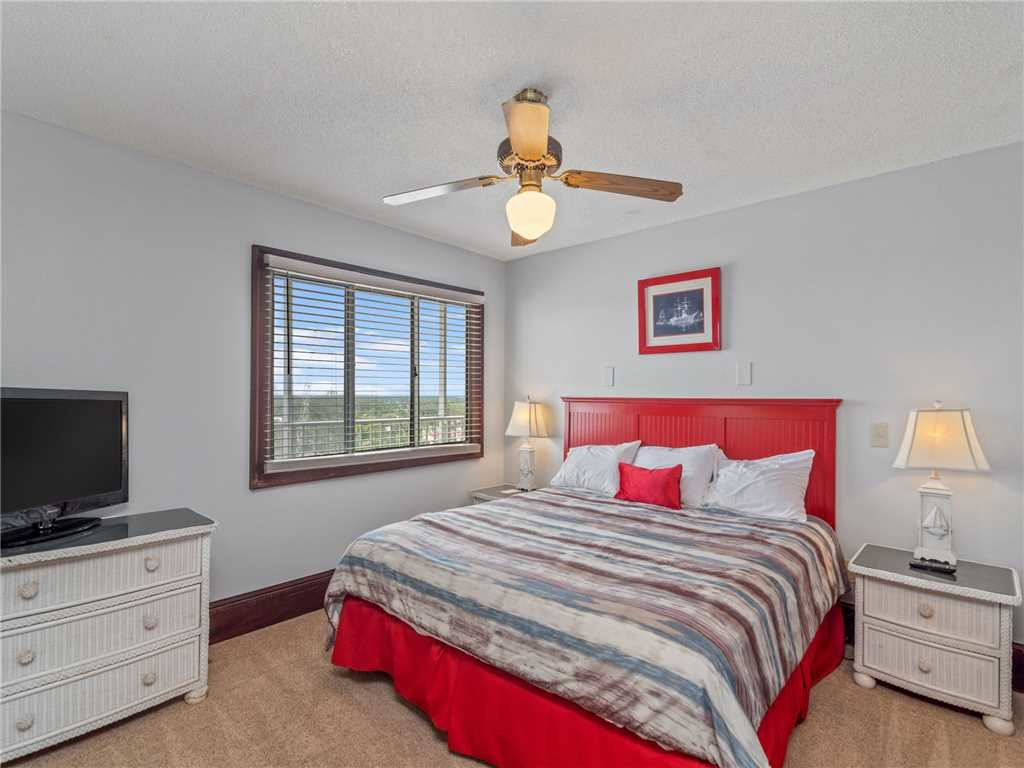 Photo of a Panama City Beach Condo named Summit Penthouse 1501 - This is the eighteenth photo in the set.