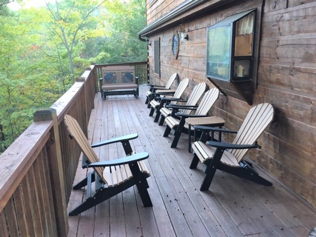Photo of a Pigeon Forge Cabin named  Best Of Both Worlds - This is the one thousand one hundred and sixty-second photo in the set.