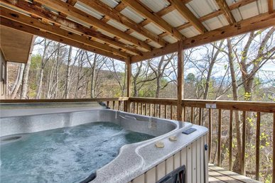 Mountain Treasure, 2 Br, Pool Access, Hot Tub, Sleeps 6