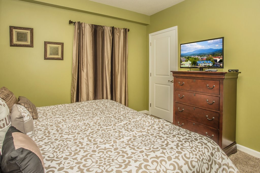 Photo of a Pigeon Forge Condo named Cedar Lodge 101 - This is the sixteenth photo in the set.