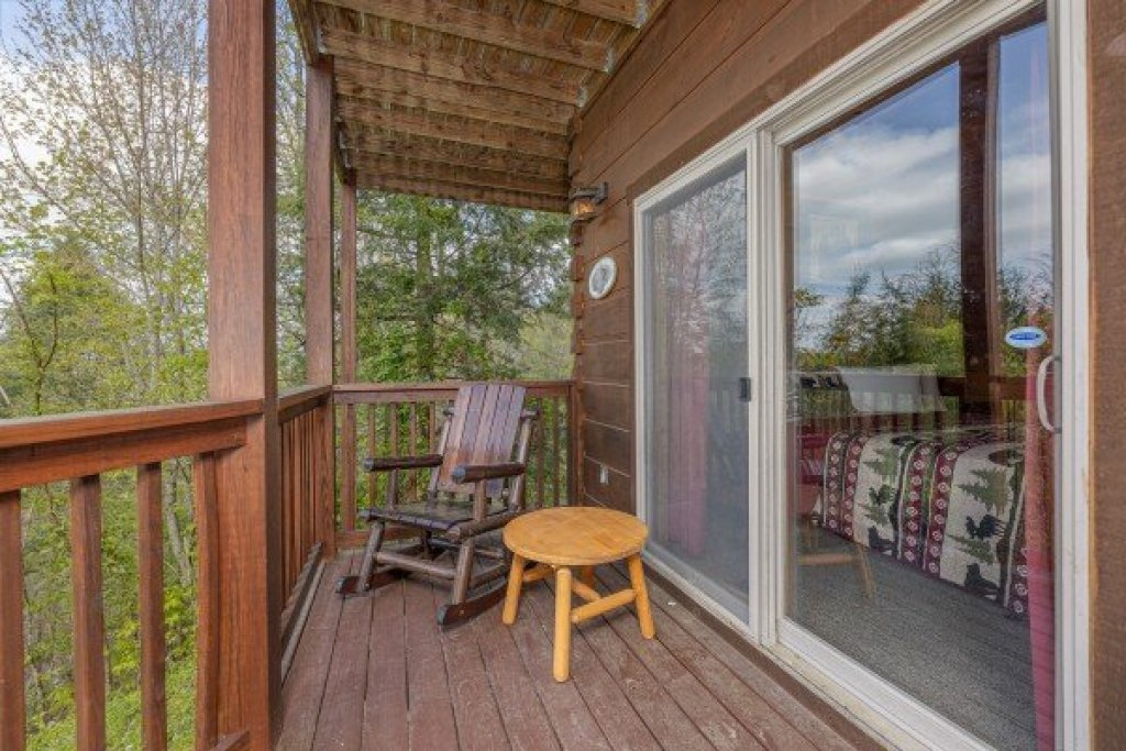 Photo of a Pigeon Forge Cabin named Mountain Laurel Lodge - This is the thirty-first photo in the set.