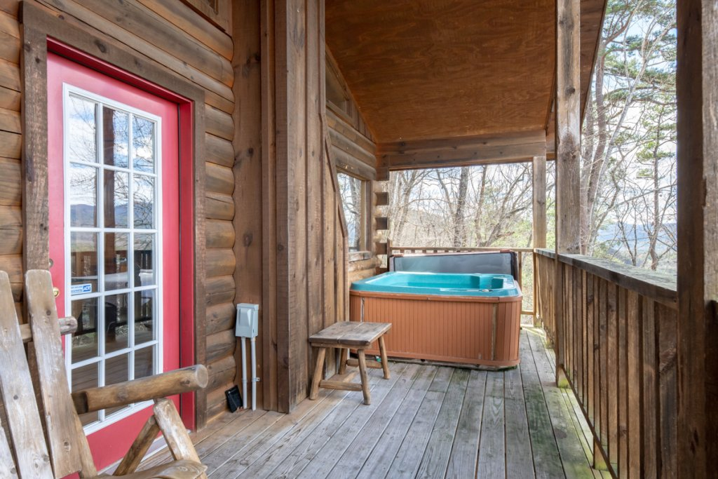 Photo of a Sevierville Cabin named Lucky Star - This is the twenty-second photo in the set.