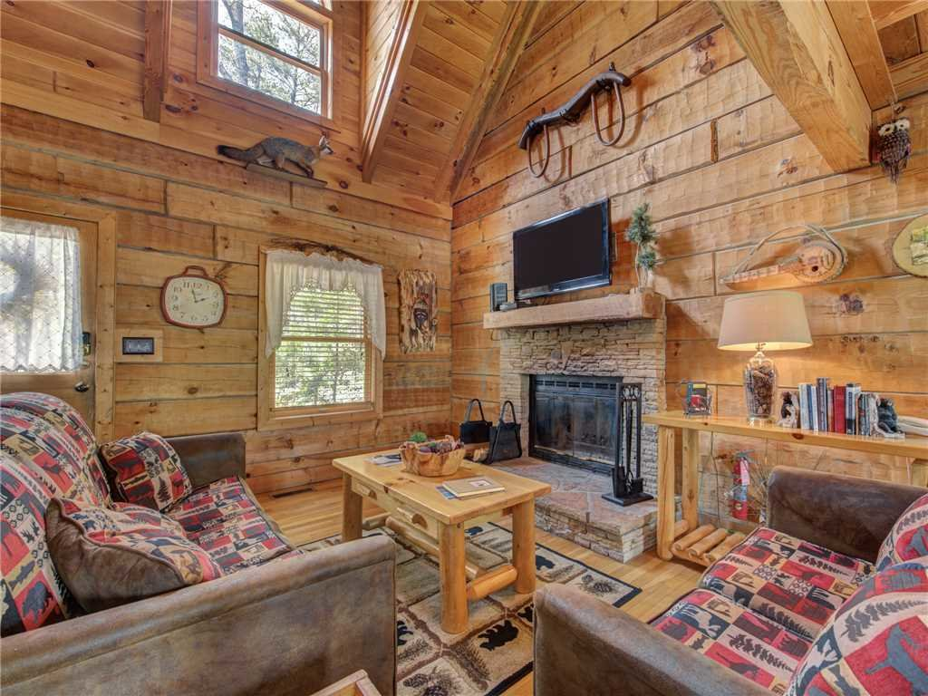 Photo of a Gatlinburg Cabin named Amazing Memories - This is the third photo in the set.
