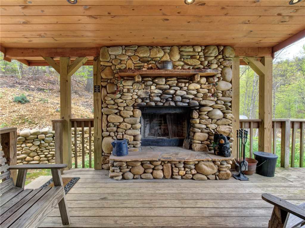 Photo of a Gatlinburg Cabin named Amazing Memories - This is the eighth photo in the set.