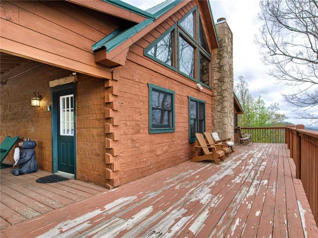Photo of a Pigeon Forge Cabin named Huckleberry Ridge - This is the twenty-second photo in the set.