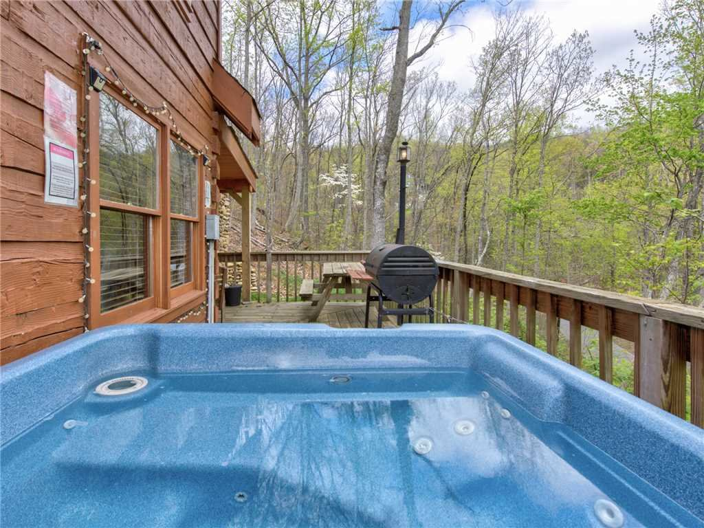 Photo of a Gatlinburg Cabin named Amazing Memories - This is the twentieth photo in the set.