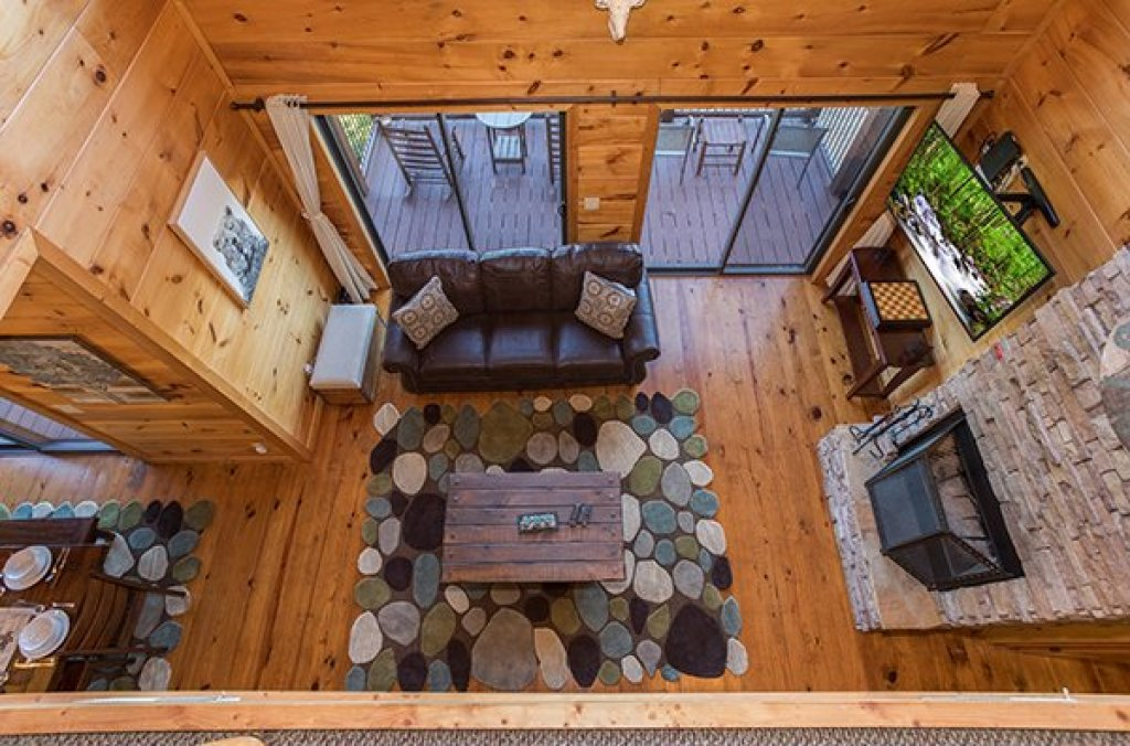 Photo of a Sevierville Cabin named 50 Mile View - This is the fourteenth photo in the set.