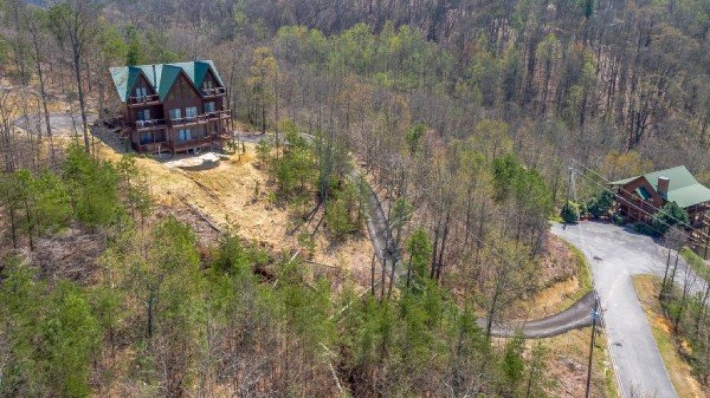 Photo of a Sevierville Cabin named 50 Mile View - This is the forty-third photo in the set.