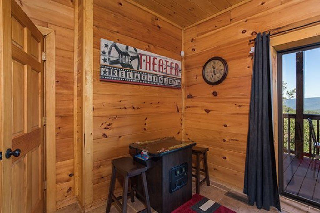 Photo of a Sevierville Cabin named 50 Mile View - This is the thirtieth photo in the set.