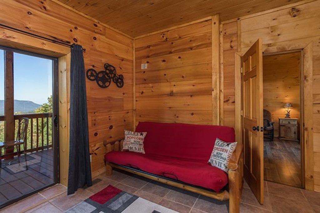 Photo of a Sevierville Cabin named 50 Mile View - This is the thirty-first photo in the set.
