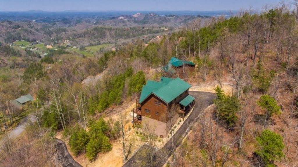 Photo of a Sevierville Cabin named 50 Mile View - This is the forty-eighth photo in the set.