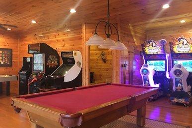Free Tickets | Gatlinburg, Walk To Pool, Arcade W/dual Racing Game, Theater