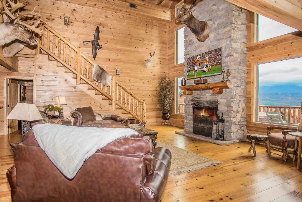 Photo of a Sevierville Cabin named Hackberry Lodge - This is the eighth photo in the set.
