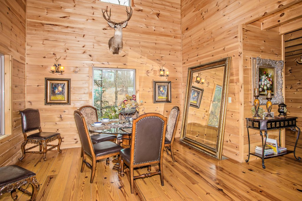 Photo of a Sevierville Cabin named Hackberry Lodge - This is the tenth photo in the set.