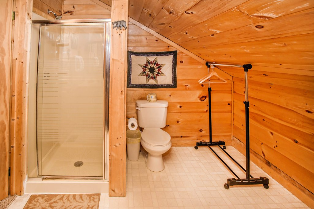 Photo of a Sevierville Cabin named Serendipity - This is the twentieth photo in the set.