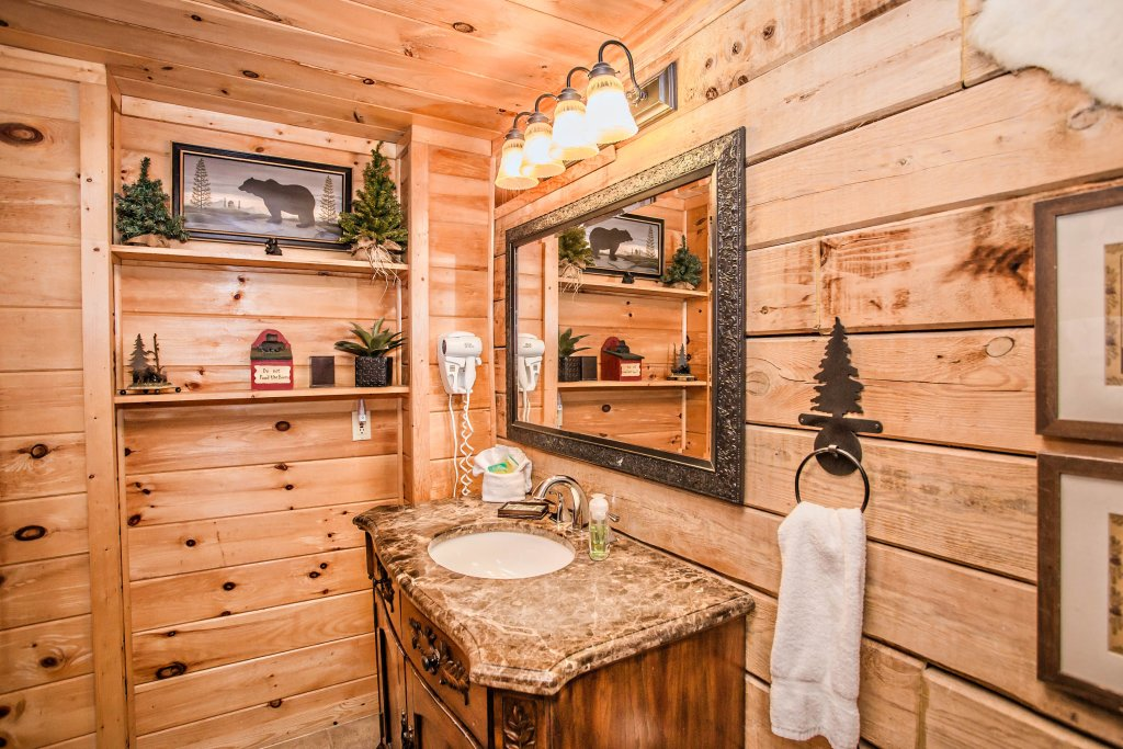 Photo of a Sevierville Cabin named Serendipity - This is the seventeenth photo in the set.