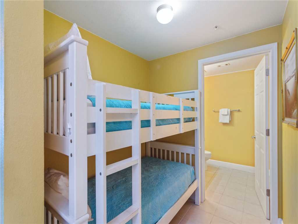 Photo of a Panama City Beach Condo named Tidewater 1711 - This is the twenty-second photo in the set.