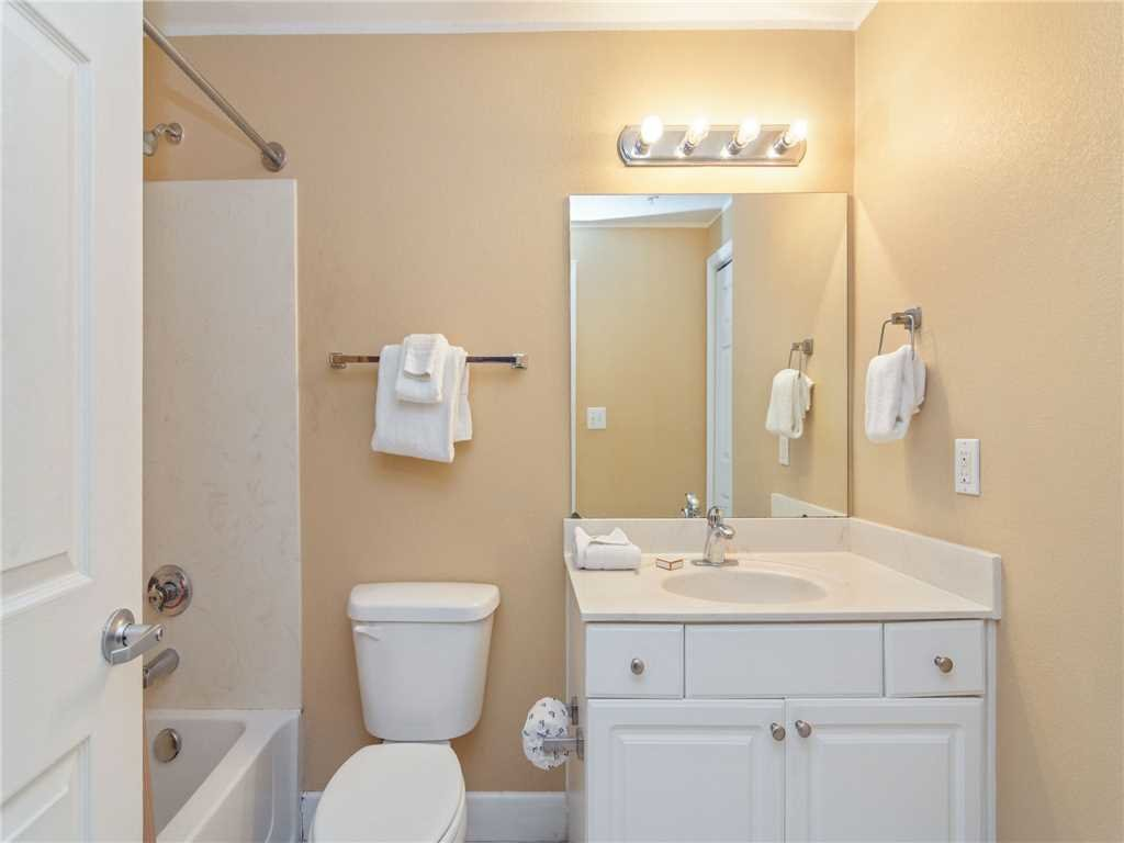 Photo of a Panama City Beach Condo named Tidewater 1711 - This is the sixteenth photo in the set.