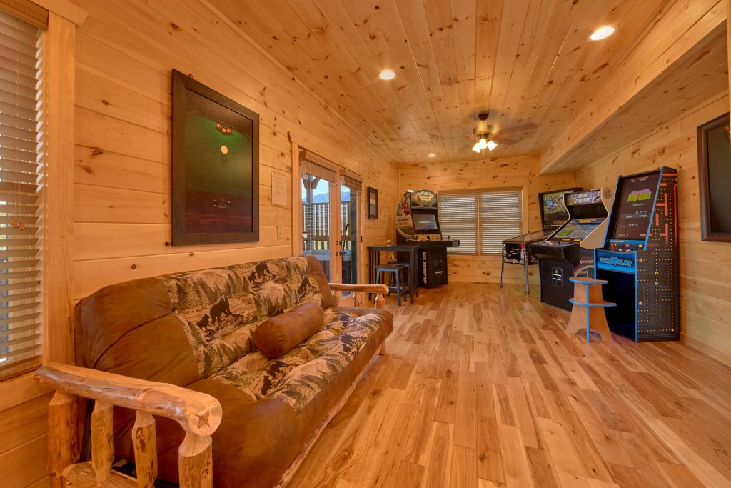 Photo of a Gatlinburg Cabin named Living The Dream - This is the fifty-eighth photo in the set.