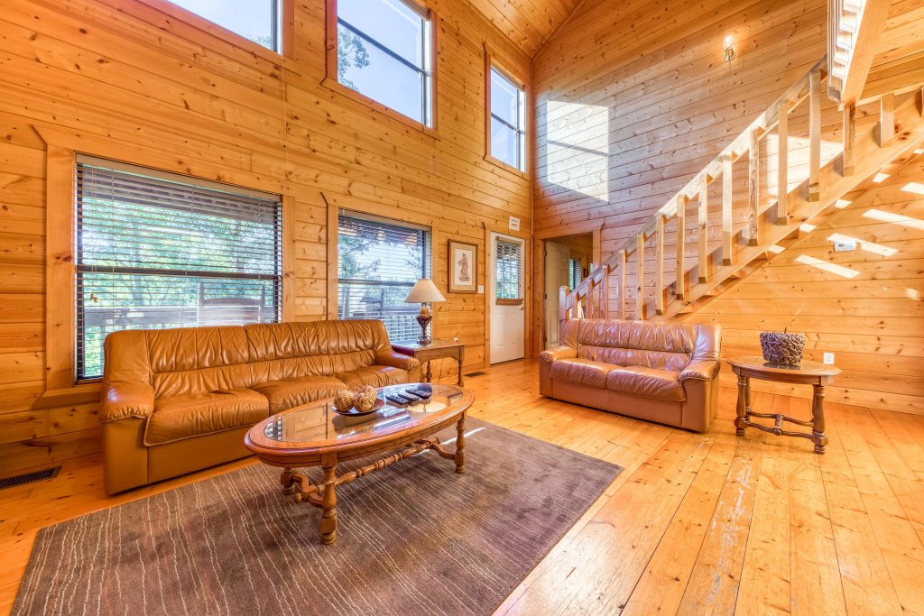 Photo of a Pigeon Forge Cabin named Cloud 9 - This is the fourth photo in the set.