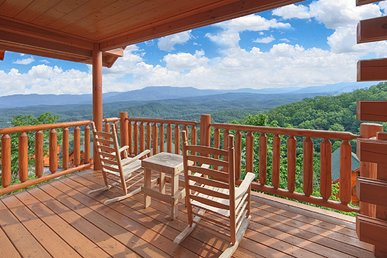 Fantastic Views From Your Luxury 1 Bedroom Cabin - Sleeps 4