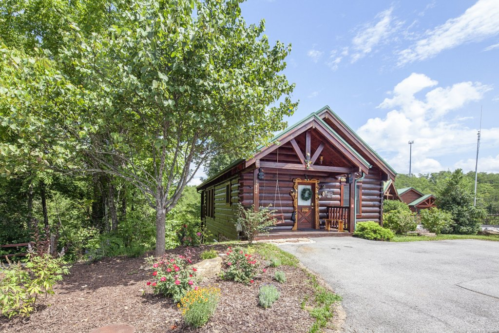 Photo of a Sevierville Cabin named  Eagle's Dream - This is the twenty-eighth photo in the set.