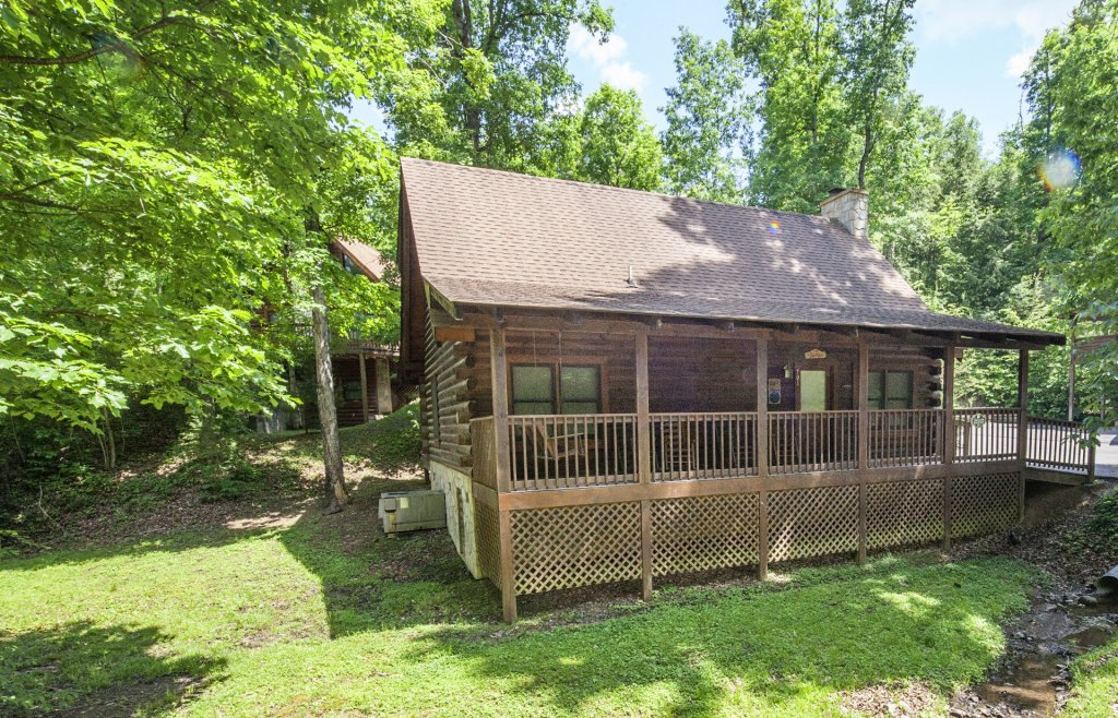 Photo of a Pigeon Forge Cabin named  Treasure Mountain - This is the six hundred and thirty-seventh photo in the set.