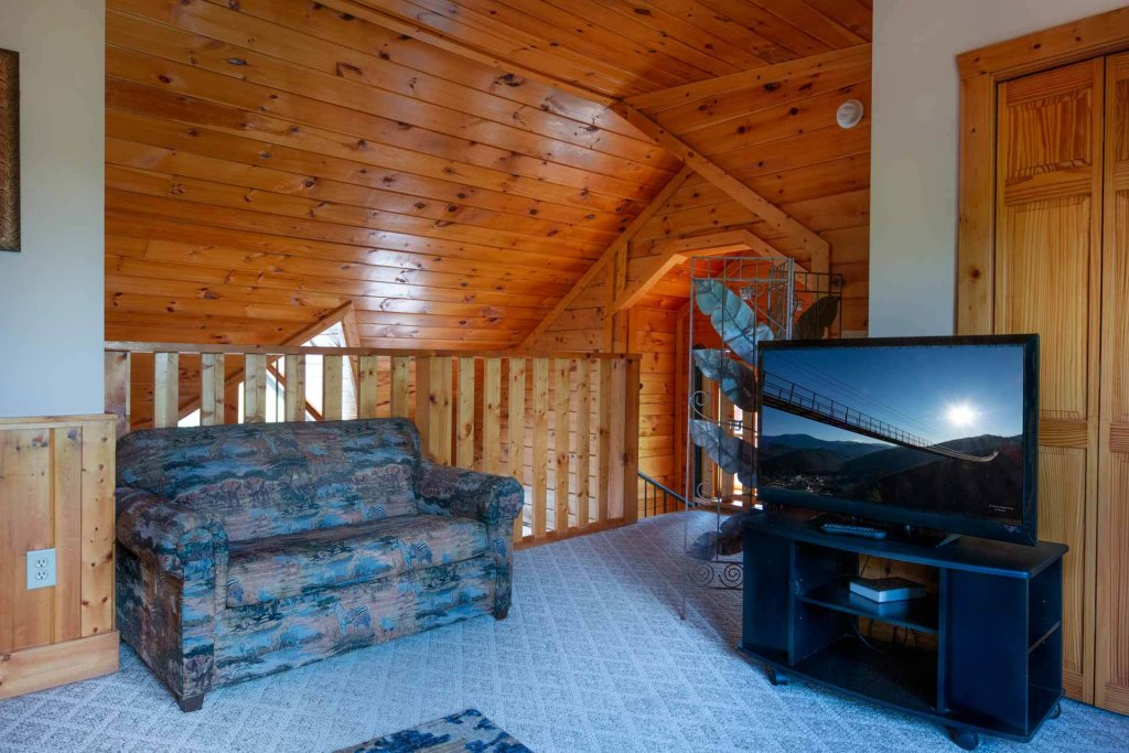 Photo of a Pigeon Forge Cabin named 839a Golf View Cabins Rockin' Robin - This is the thirteenth photo in the set.