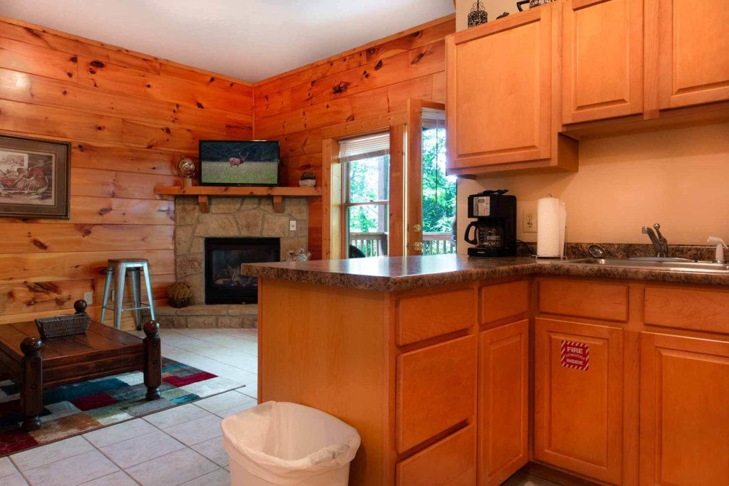 Photo of a Pigeon Forge Cabin named 839a Golf View Cabins Rockin' Robin - This is the fifteenth photo in the set.