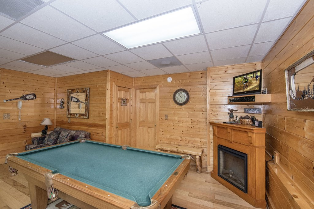 Photo of a Sevierville Cabin named  Eagle's Dream - This is the three hundred and fifty-eighth photo in the set.