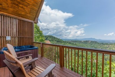 1 Bedroom, 2 Bath Cabin In A Resort Setting With An Incredible Mountain View.