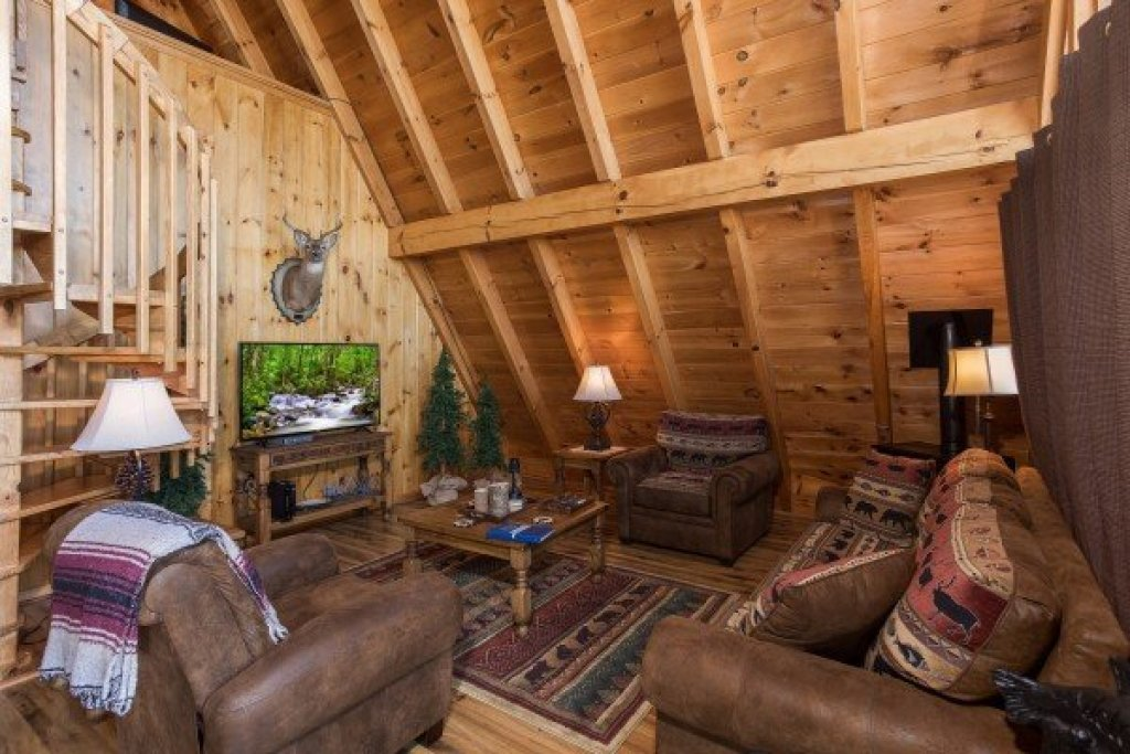 Photo of a Pigeon Forge Cabin named Cozy Mountain View - This is the fourth photo in the set.