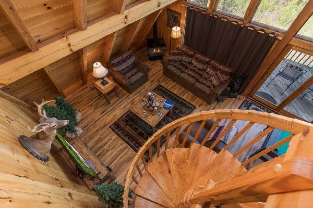 Photo of a Pigeon Forge Cabin named Cozy Mountain View - This is the fourteenth photo in the set.