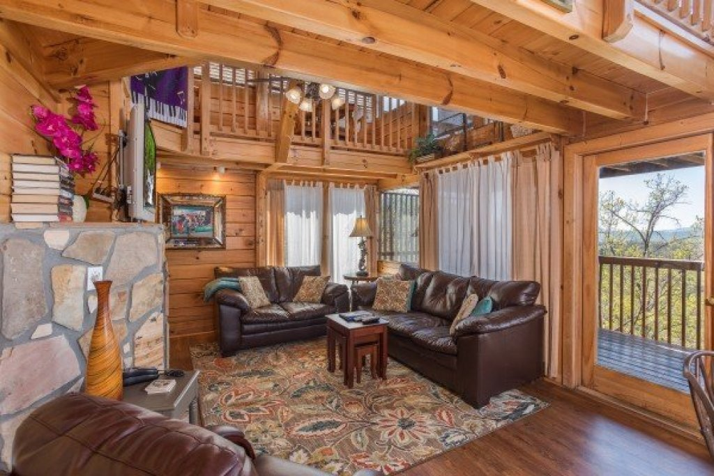 Photo of a Pigeon Forge Cabin named All That Jazz - This is the seventh photo in the set.