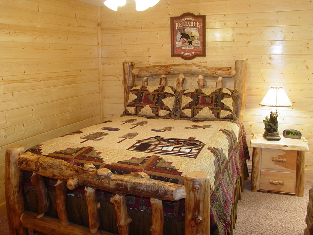 Photo of a Sevierville Cabin named  Cozy Cabin - This is the four hundred and forty-first photo in the set.