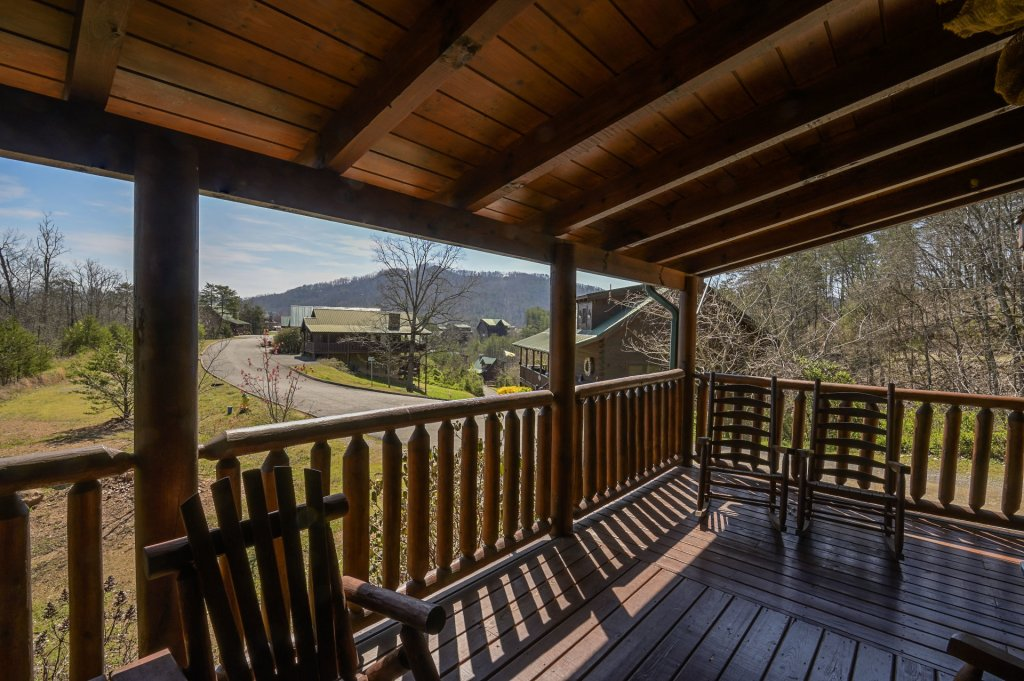 Photo of a Sevierville Cabin named  Cozy Cabin - This is the seven hundred and forty-third photo in the set.