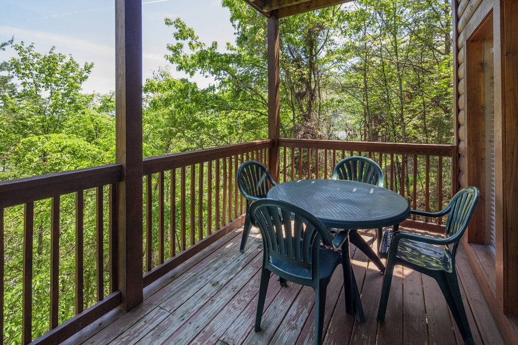 Photo of a Sevierville Cabin named  Absolute Paradise - This is the one thousand and seventy-third photo in the set.