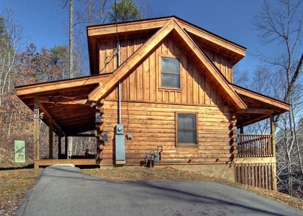 Photo of a Pigeon Forge Cabin named Mystic Mountain - This is the fourth photo in the set.