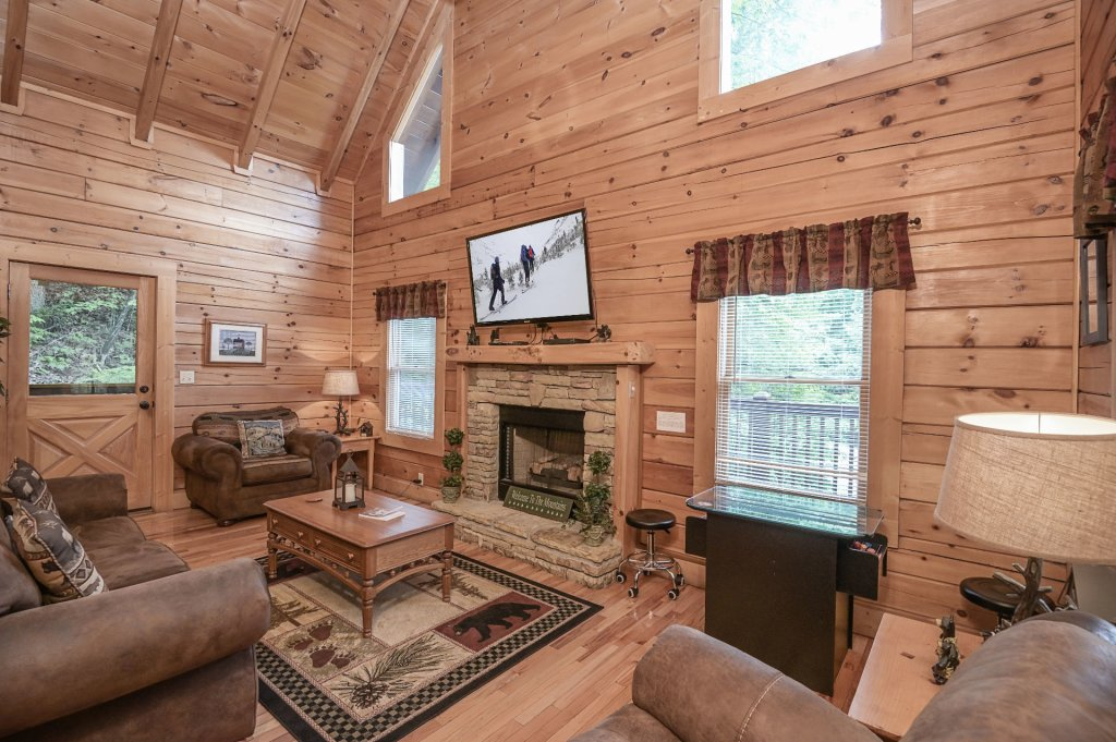 Photo of a Pigeon Forge Cabin named  Treasured Times - This is the one hundred and seventh photo in the set.