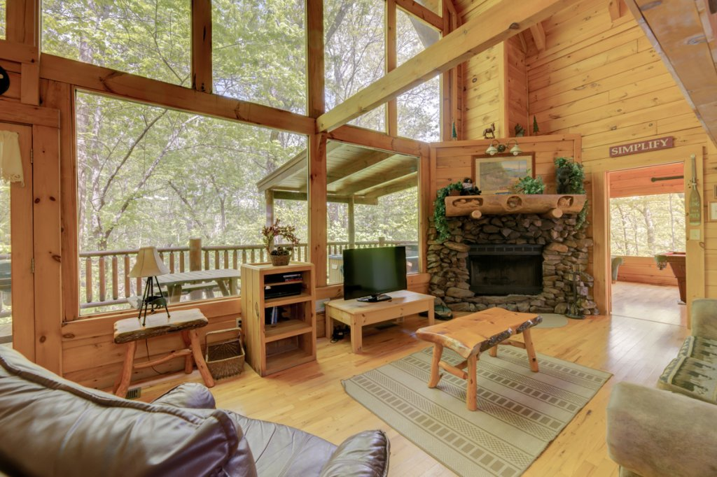 Photo of a Sevierville Cabin named Whispering Pines #33 - This is the second photo in the set.